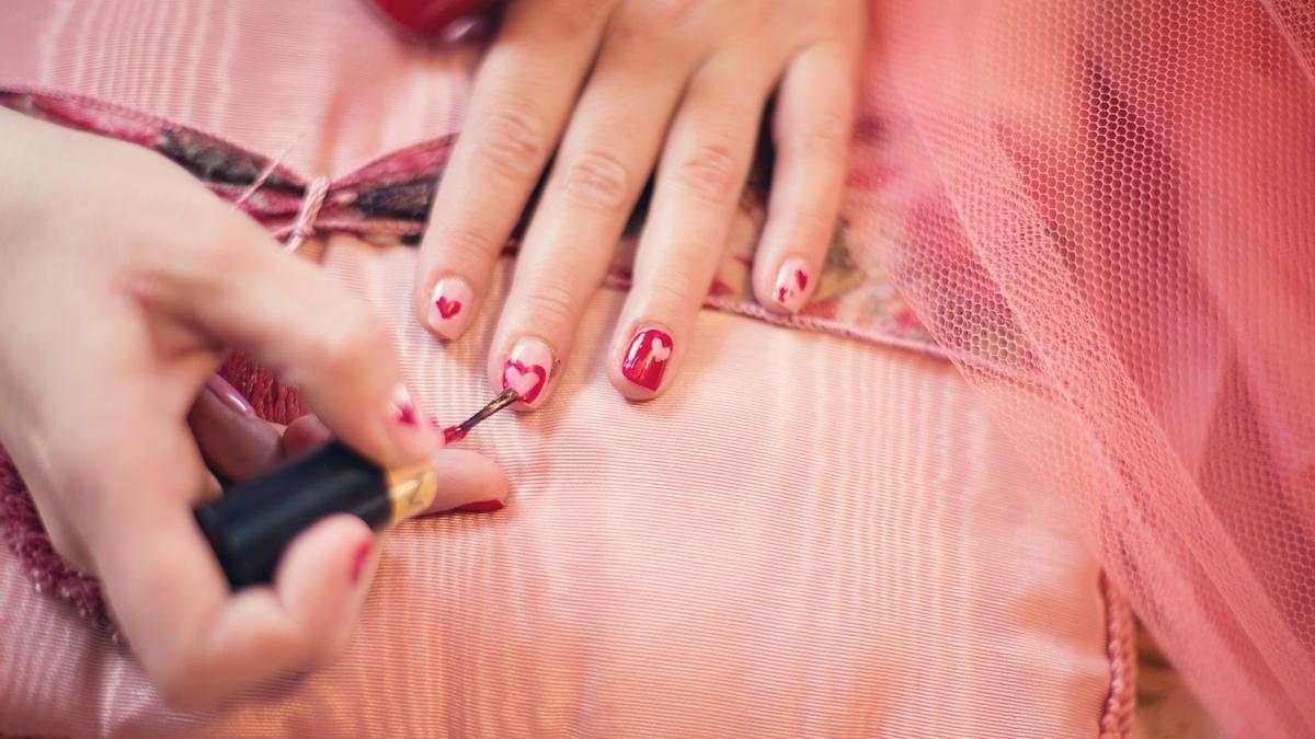 Trucos belleza | Trucos para quitar el esmalte semipermanente