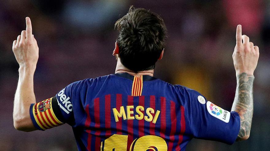 Messi anuncia que es queda i carrega contra Bartomeu
