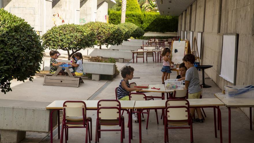 Sólo el 1% de los alumnos de la provincia de Alicante está en cuarentena por el coronavirus