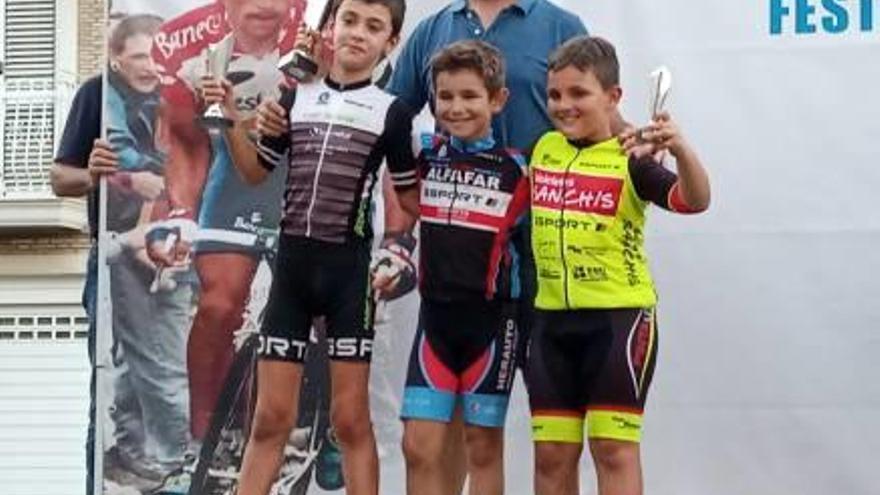 Andreu Sansaloni y las chicas  del Triasport logran podios a pares en la challenge provincial