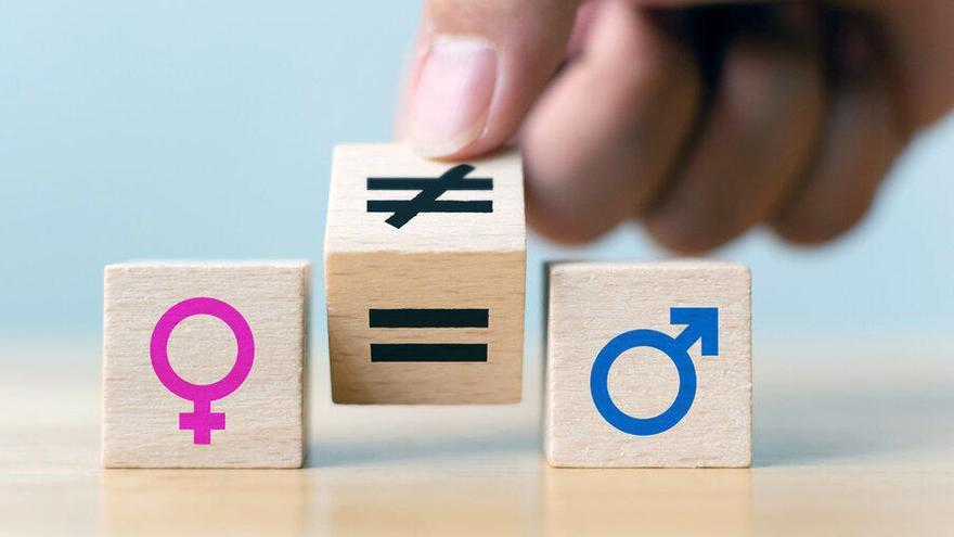 La Generalitat fomenta la corresponsabilitat d'homes i dones en les feines domèstiques