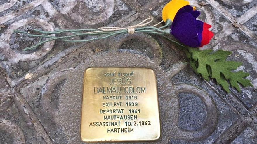 Manresa honora la memòria de totes les víctimes de l'holocaust nazi