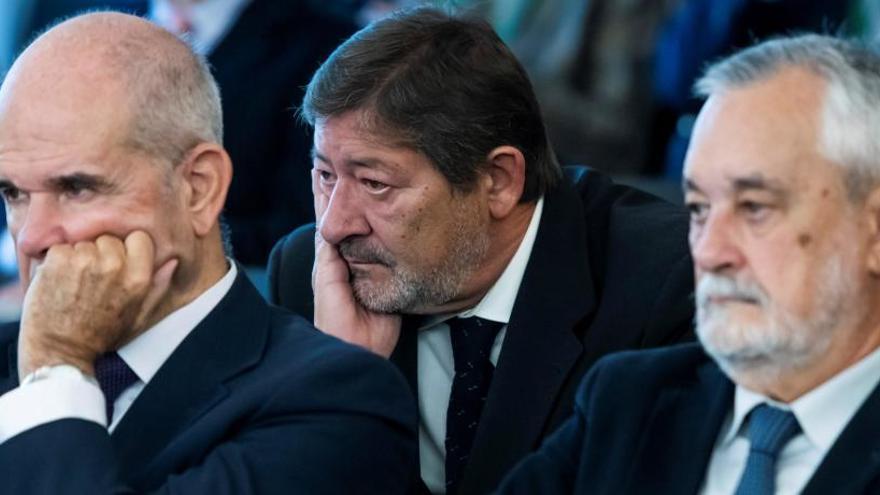 """El fiscal: Griñán """"pudo y debió"""" parar las ayudas de los ERE"""