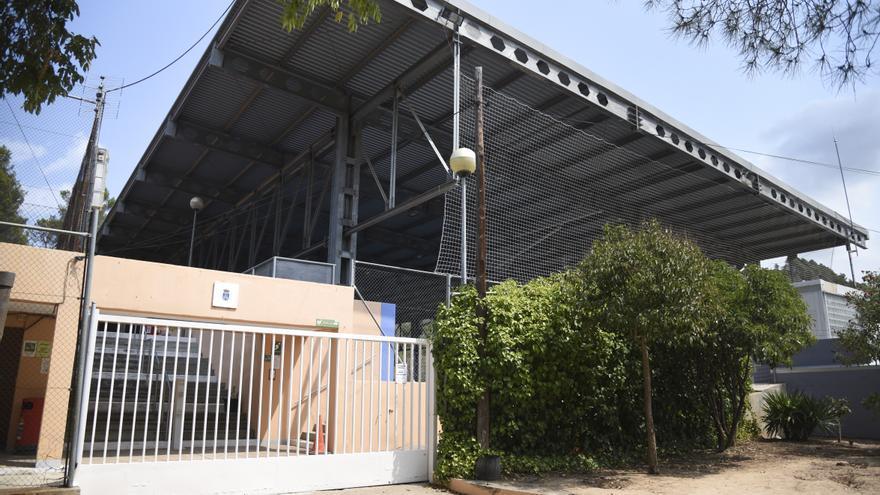 Castellbell projecta el tancament de la pista esportiva per ampliar-ne els usos