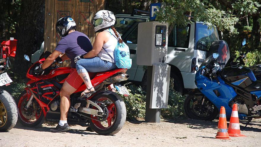 Galende licita en 166.000 euros la ORA de los aparcamientos en las playas
