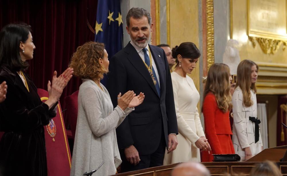 El Rey preside la apertura solemne de la legislatura.