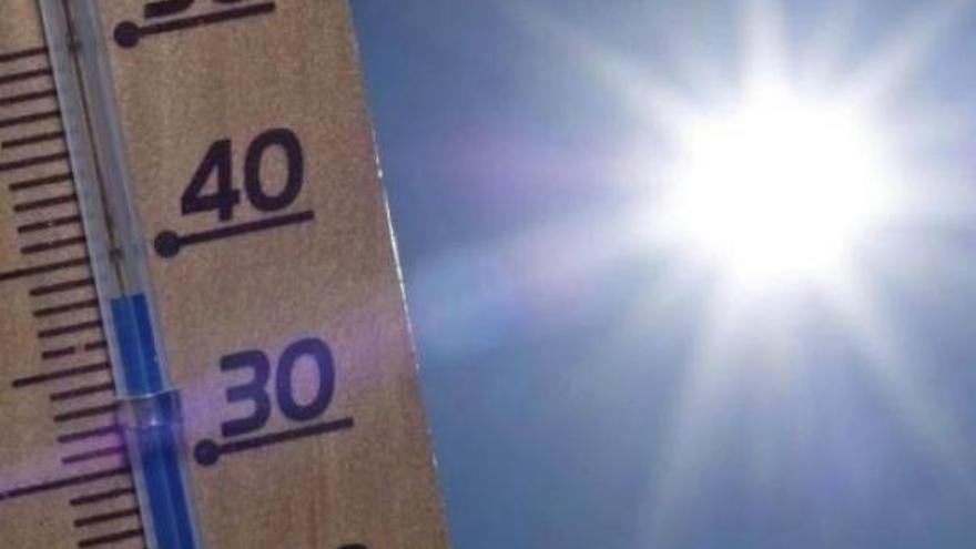 Aviso amarillo en la Comunitat por temperaturas máximas que podrán alcanzar los 34º en Castellón