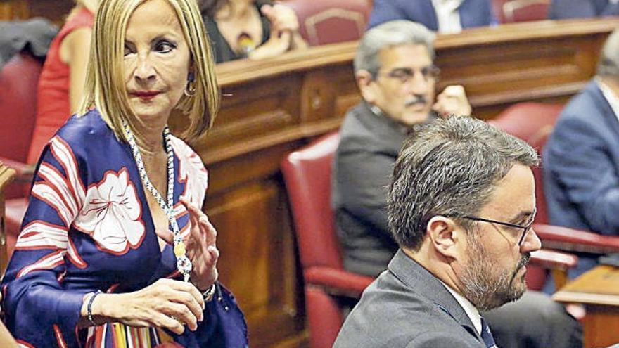 Australia Navarro, la primera presidenta del PP de Canarias