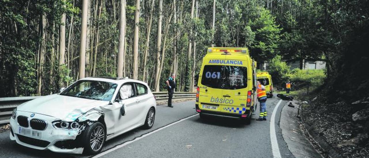 Accidente de tráfico en Vilagarcía de Arousa.     // IÑAKI ABELLA