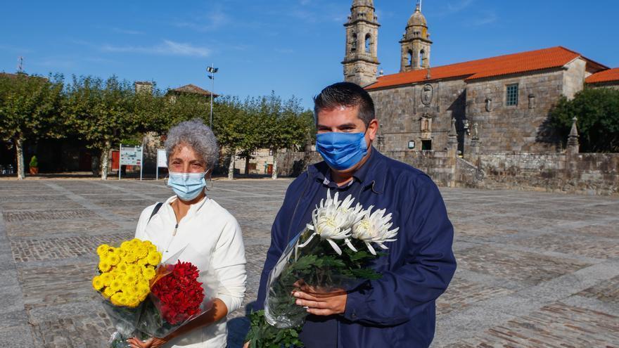 El Mercado das Flores más grande de O Salnés se traslada a Fefiñáns