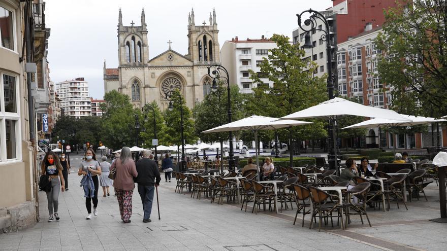 ¿Abrirán los bares el puente en Asturias? Estos son los argumentos del Principado para retrasar la decisión