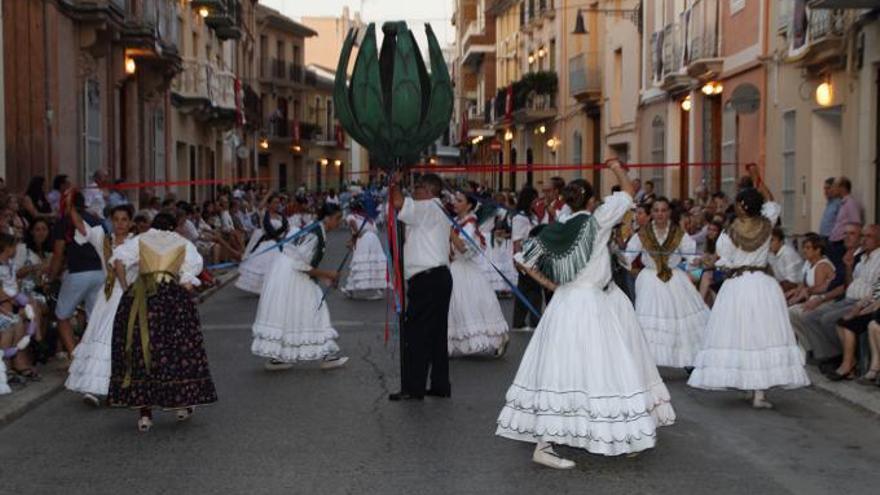 Los bailes volverán a salir en la procesión de l'Alcúdia