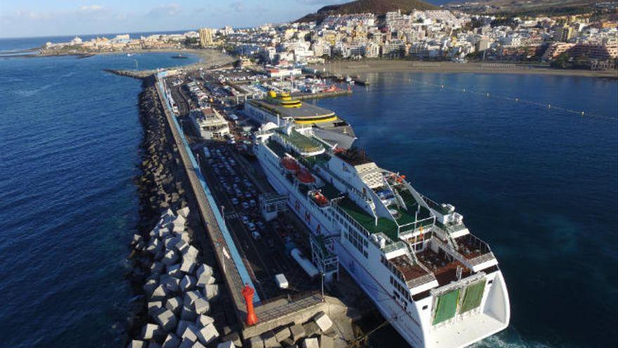 El CEST pide ampliar el puerto de Los Cristianos
