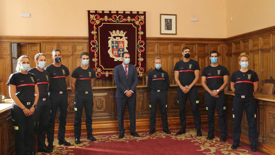 Dos mujeres ingresan por primera vez en el cuerpo de bomberos en Castilla y León