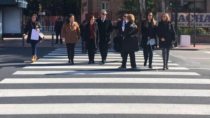 La tecnología inteligente llega a 25 pasos de peatones de la ciudad