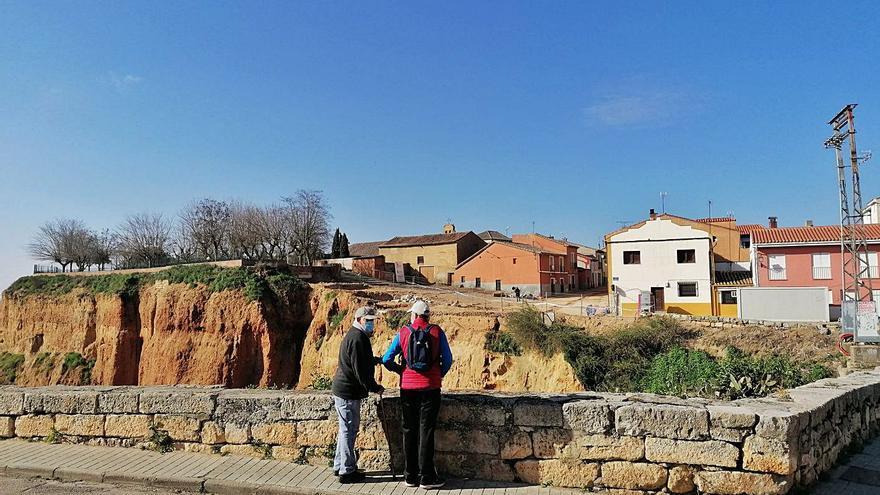 Concluye el derribo de cinco edificaciones en el Puerto de la Magdalena de Toro