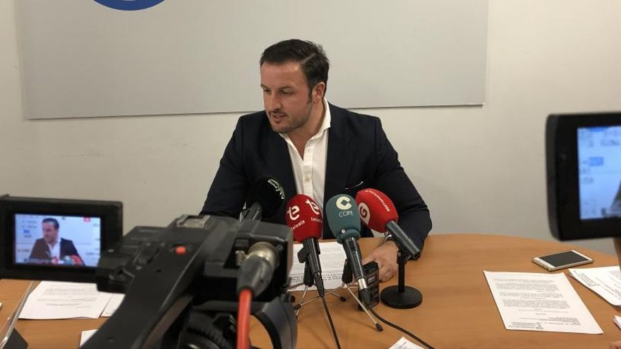 """El PSOE de Elche sale en defensa de los ediles imputados y asegura que su labor fue """"intachable"""""""