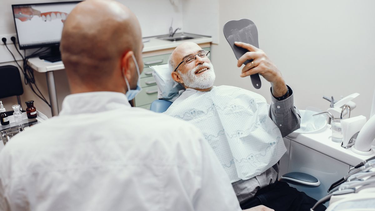 Los interesados en consultar qué clínicas dentales participan en la web creada para la campaña