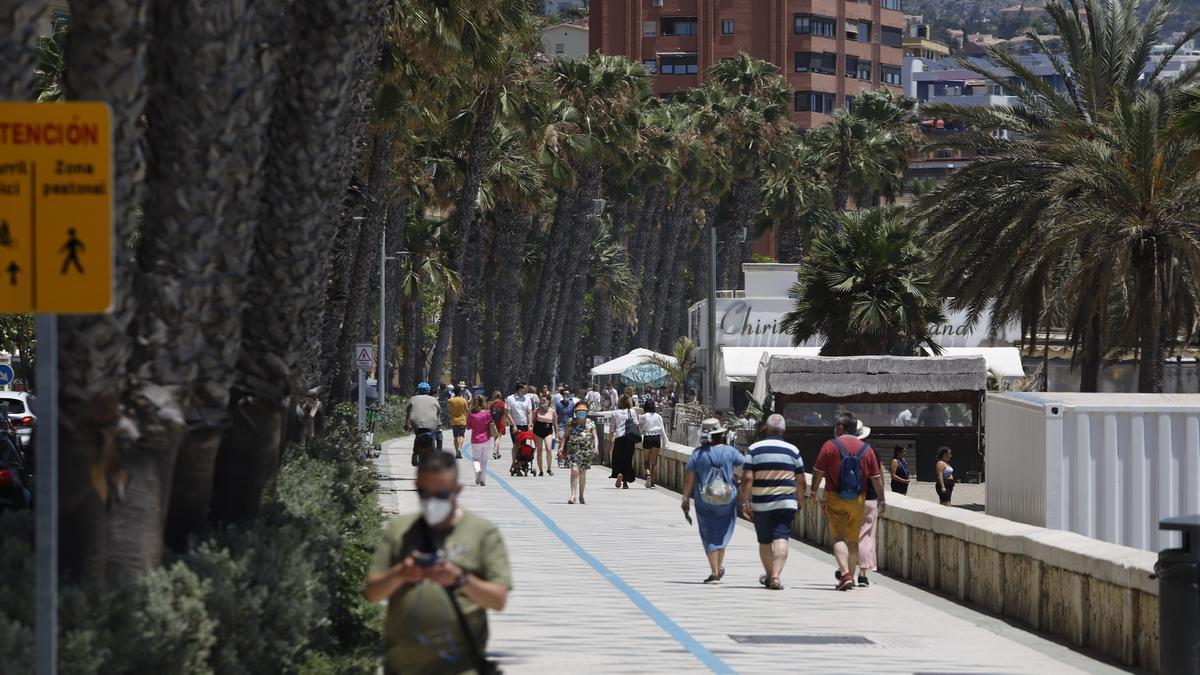 El paseo marítimo Pablo Ruiz Picasso, este lunes por la mañana.