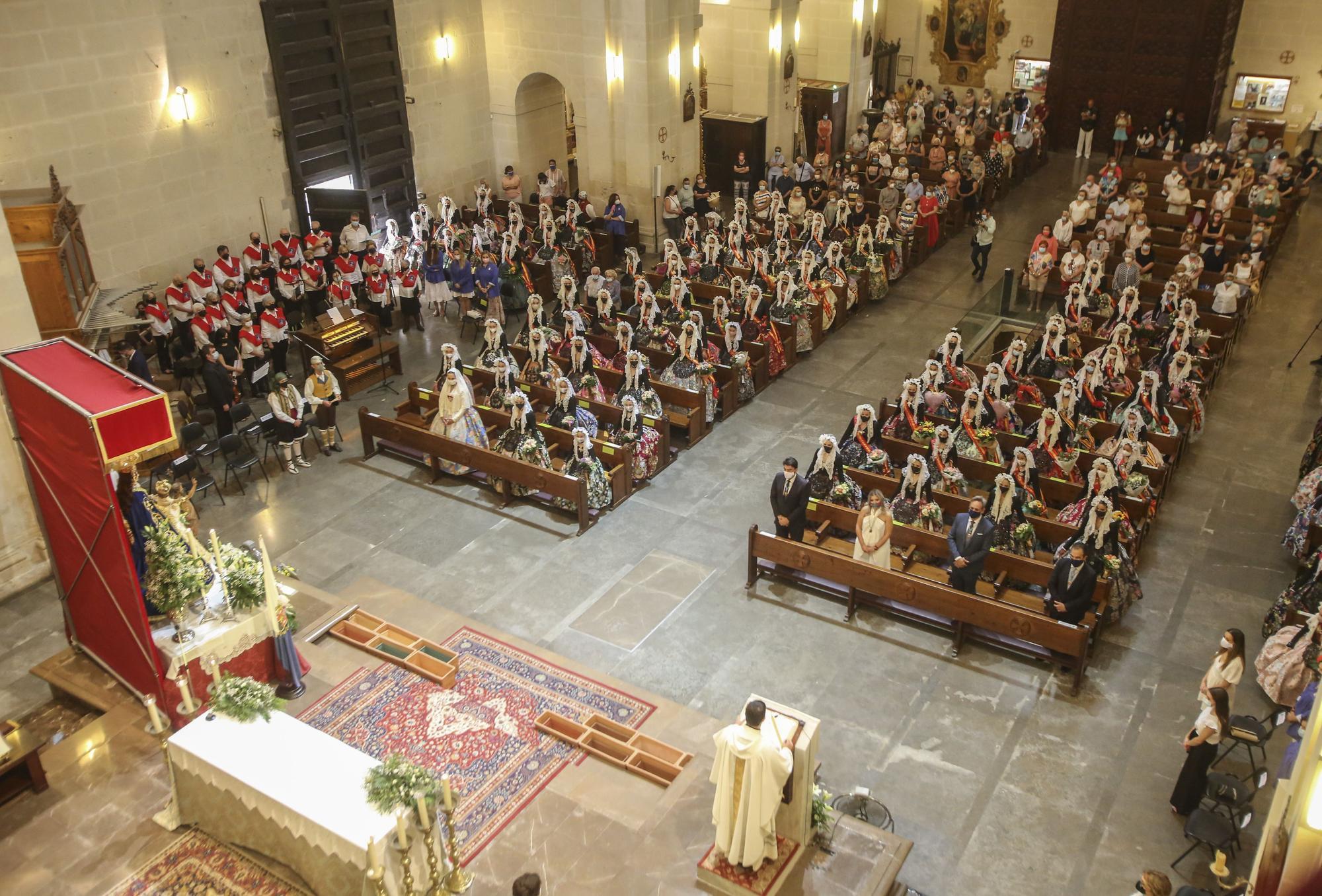 Misa en honor a Sant Joan y ofrenda a la Patrona de Alicante