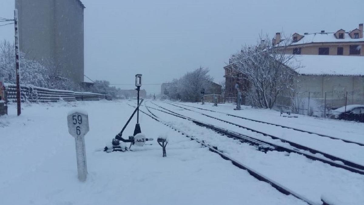 Renfe cancela los servicios de media distancia entre Madrid y València y València a Zaragoza