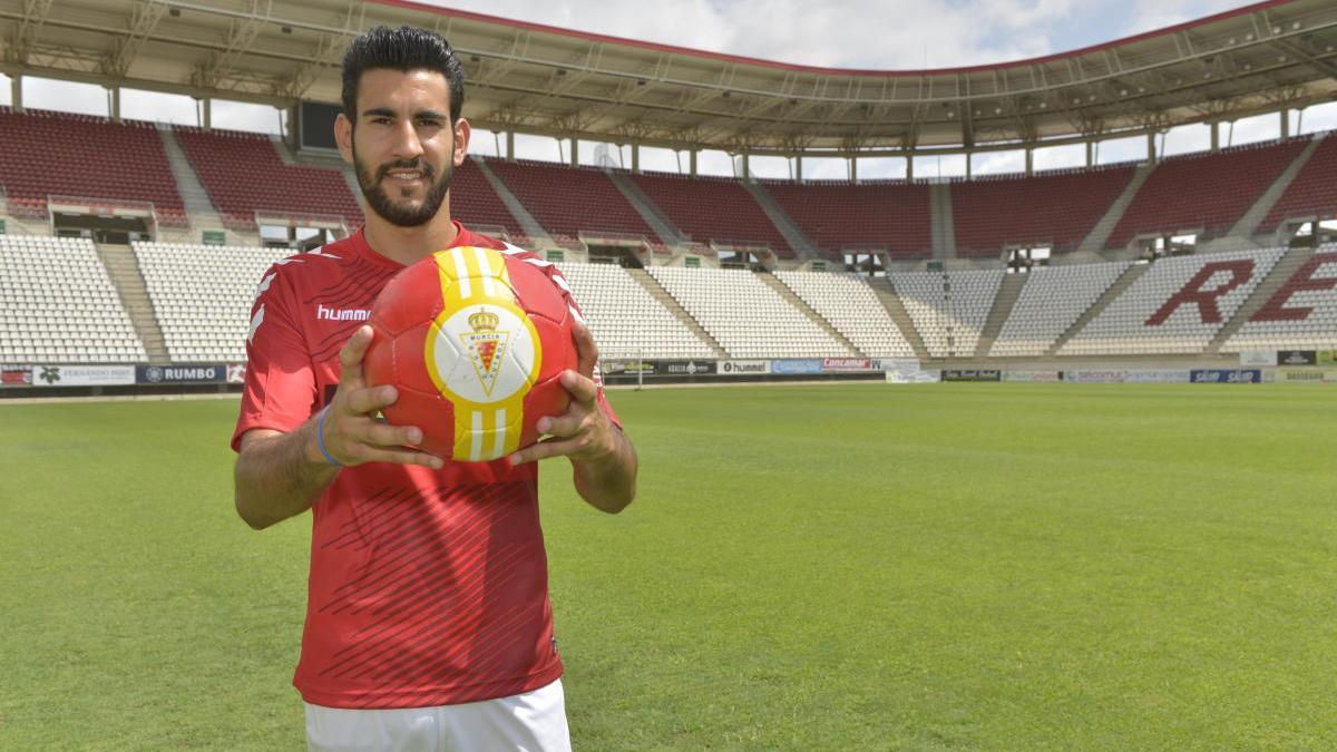 Álvaro Moreno.
