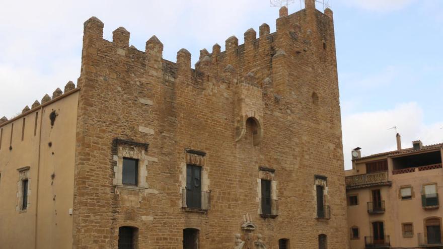 La Bisbal d'Empordà treu a licitació les obres per reparar la façana del castell per un valor de 530.000 euros