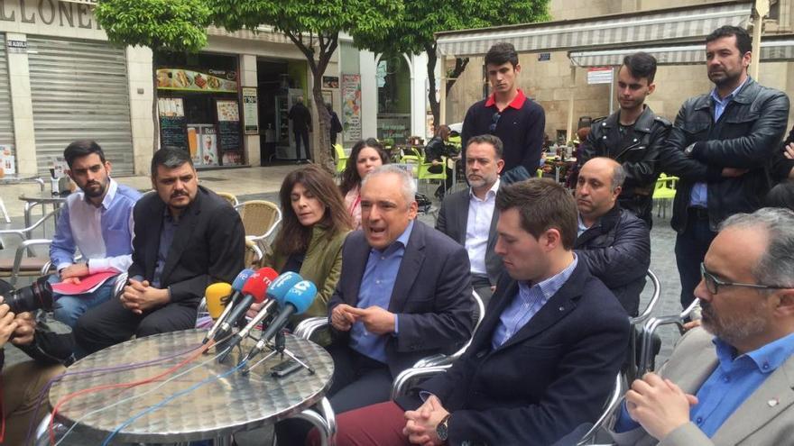 """Simancas defiende en Murcia que el PSOE """"no es un subalterno del PP"""""""