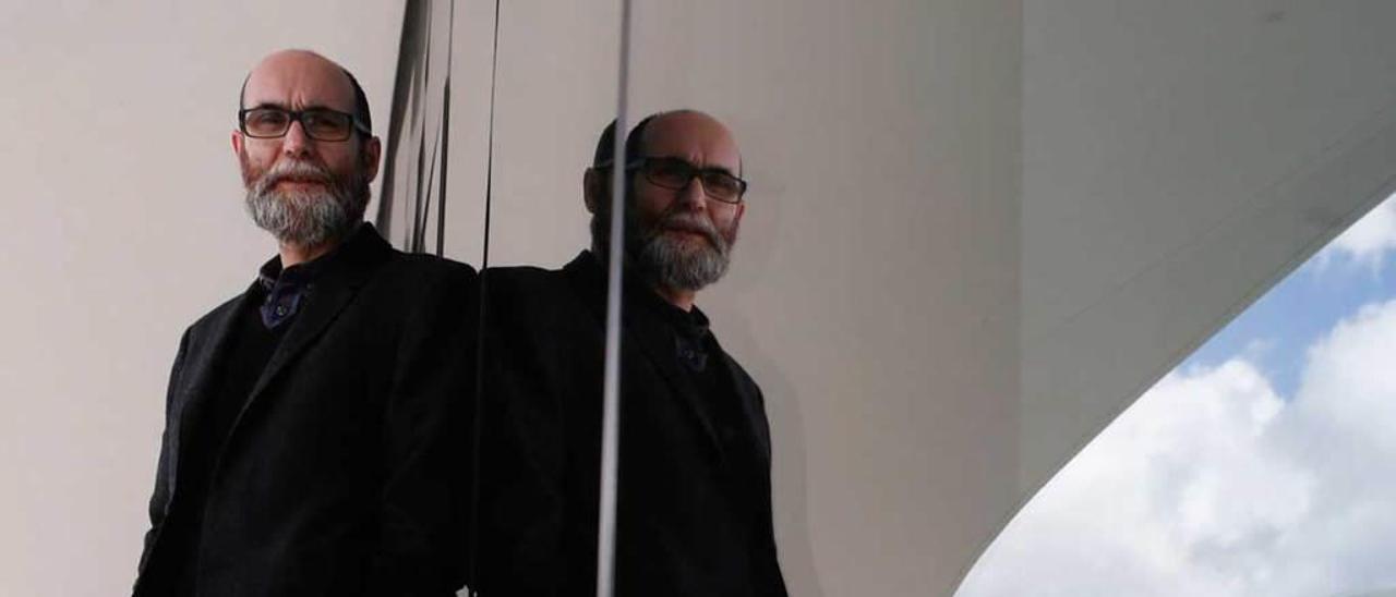 """Javier García Rodríguez, excoordinador del ciclo """"Palabra"""" del Centro Niemeyer."""