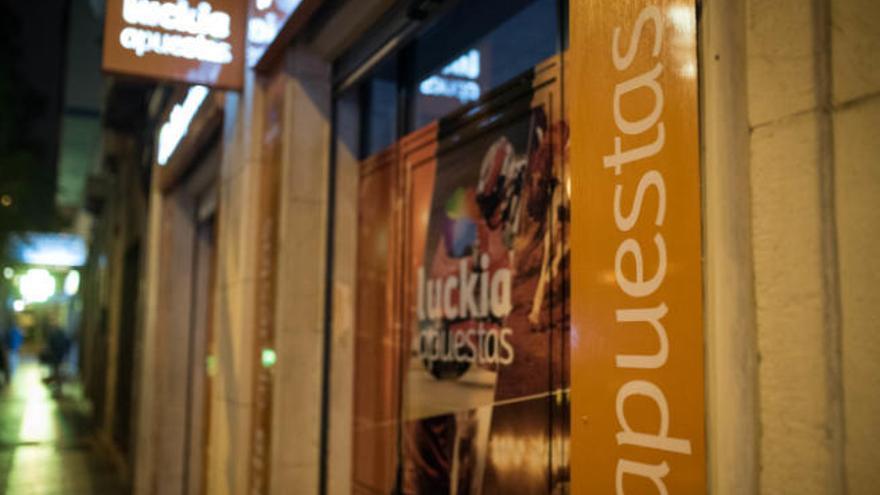Canarias suspende la apertura de nuevos locales de juegos y apuestas