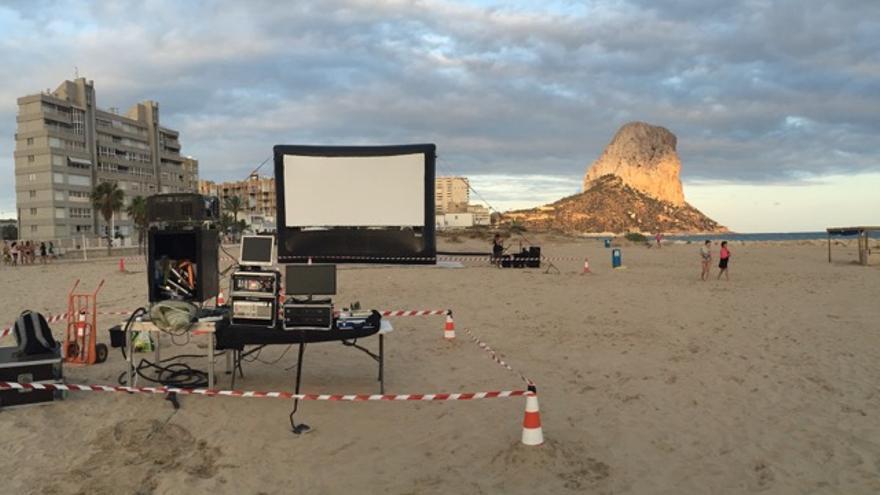 El cine vuelve a las playas de la Fossa y de l'Arenal-Bol de Calp