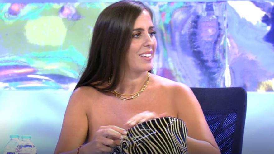 """El descuido de Anabel Pantoja en 'Sálvame': """"Te está viendo el pezón toda España"""""""