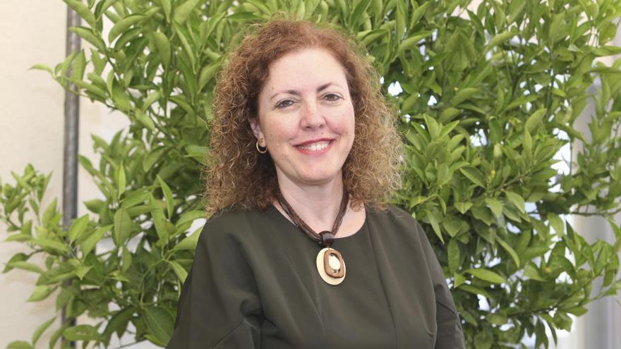 Asunción Martínez, directora general de Concesiones del Grupo Suez, pregonera de Hogueras