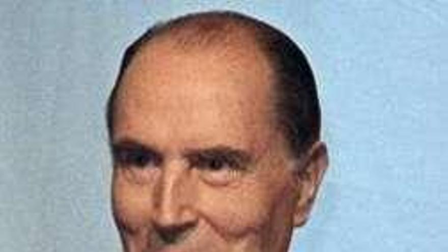 La biblioteca de Mitterrand se vende