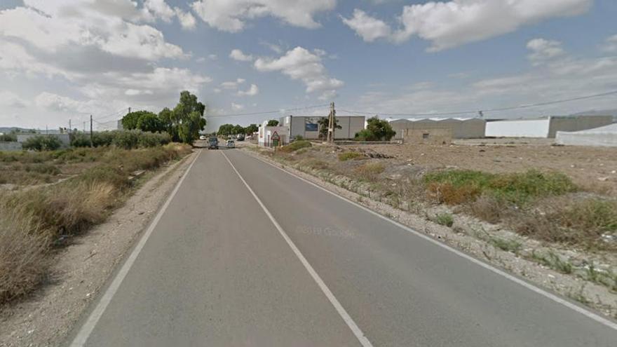 Hallan el cuerpo sin vida de un ciclista atropellado en Níjar