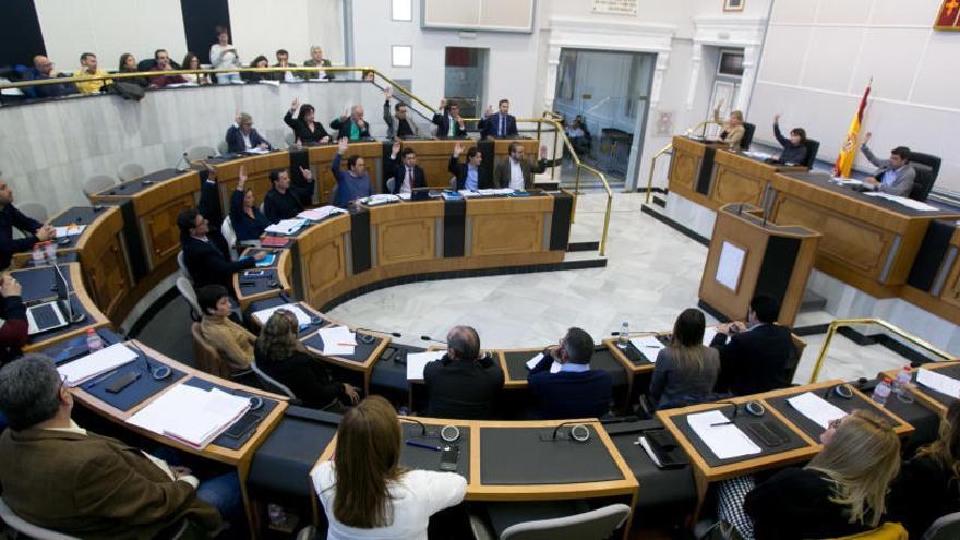 Los concejales del PSOE en la oposición solo son decisivos para aprobar cuatro presupuestos locales