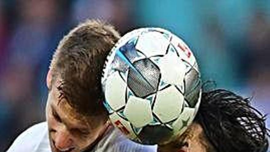 El Leipzig goleja el Werder Bremen i és líder a falta del duel d'avui del Bayern