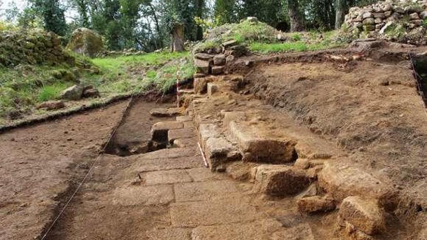 Descubren restos que podrían ser de la capilla de Santa Lucía