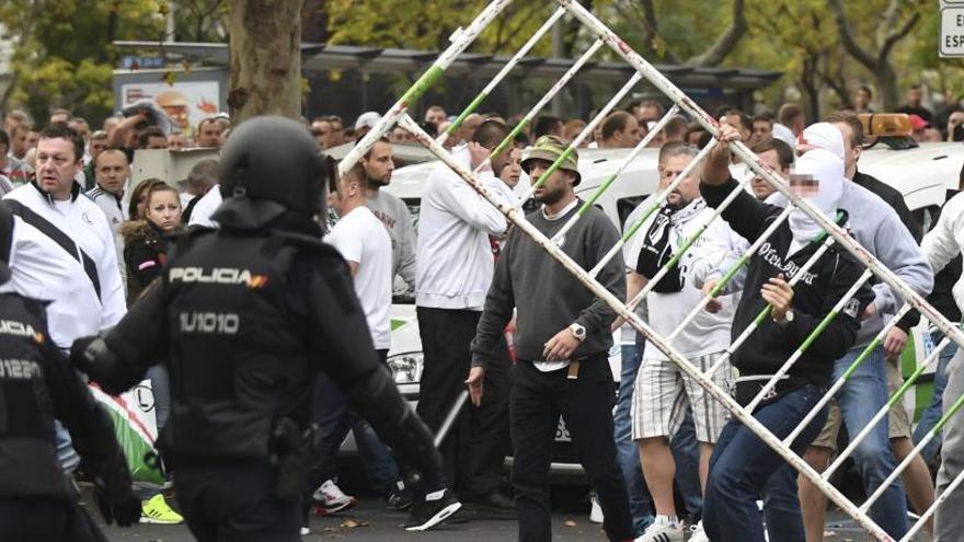 Rusos, ingleses, polacos... ¿Qué hinchada es la más violenta?