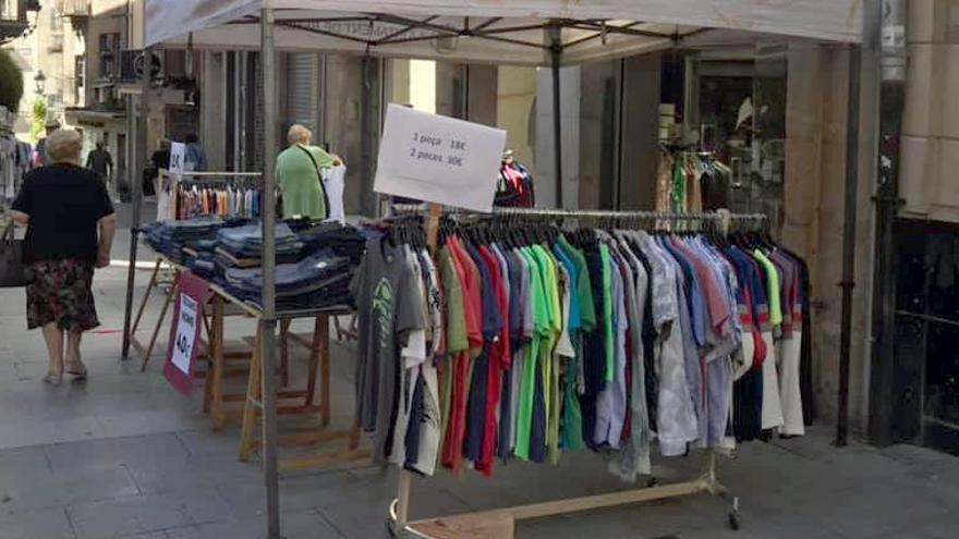 Els comerciants de Berga demanen al Procicat poder treure les botigues al carrer per «salvar» les rebaixes