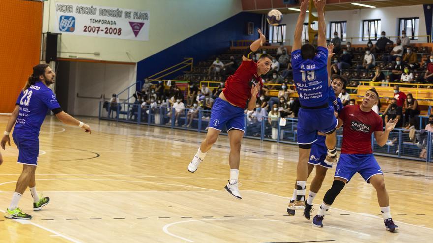 Balonmano Zamora | Nacho López sufre un edema óseo en la rodilla