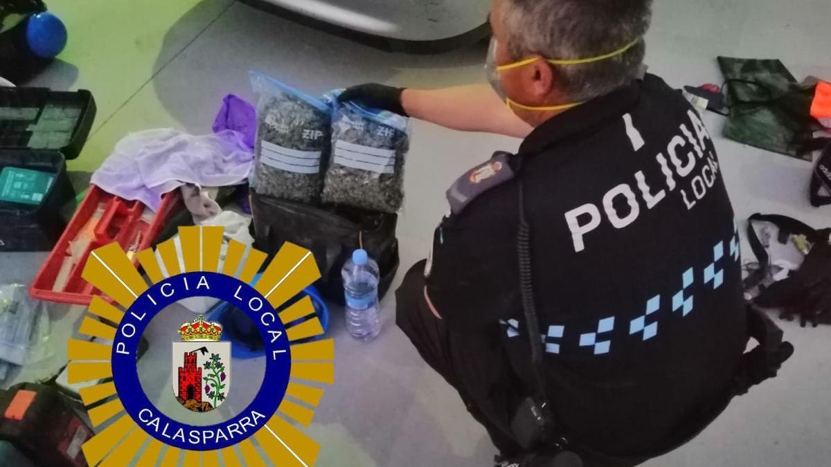 Sorprendidos en Calasparra con 600 gramos de marihuana en el coche