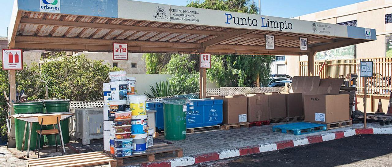 Punto limpio del Cabildo de Gran Canaria en el municipio de Telde. | | LP/DLP