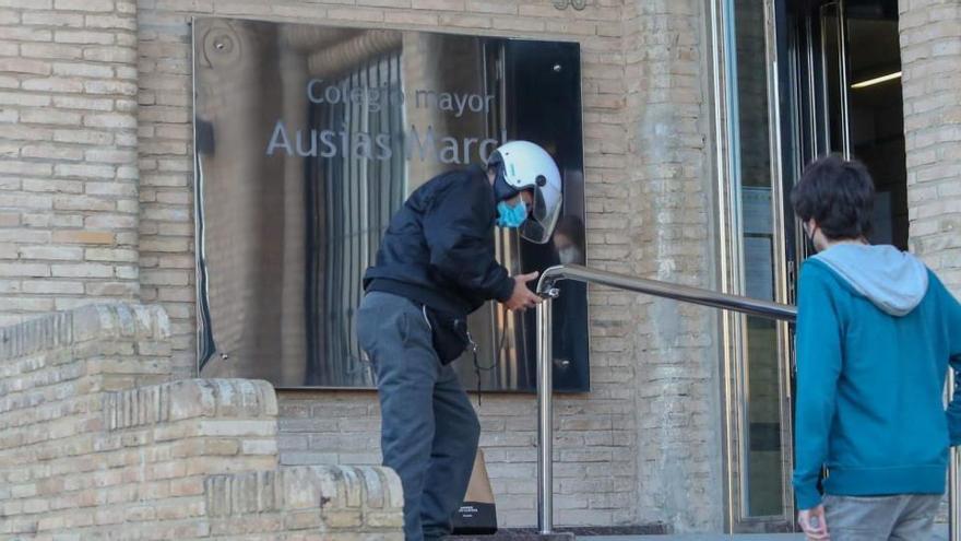 Un macrobrote en una residencia de estudiantes en Valencia deja 78 contagios