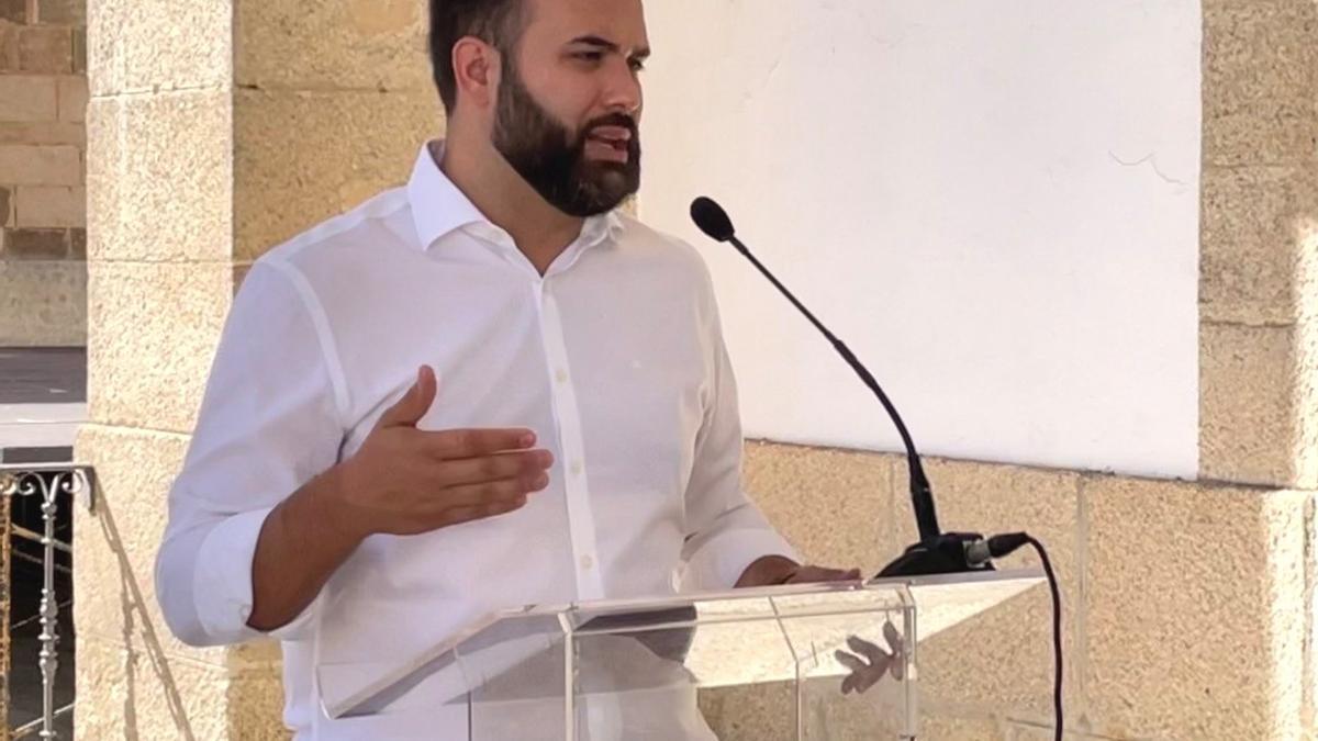 Luis Salaya, alcalde de Cáceres, este viernes.