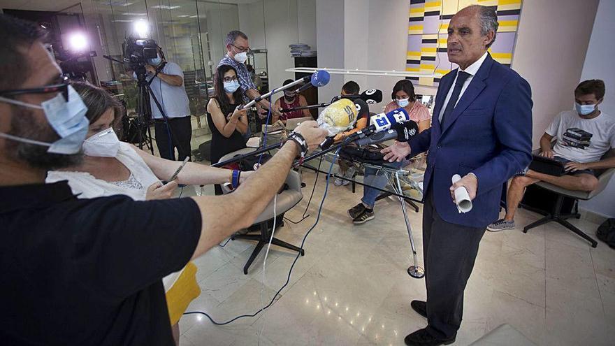 """Camps acusa a Anticorrupción de perseguirle """"con mentiras"""""""
