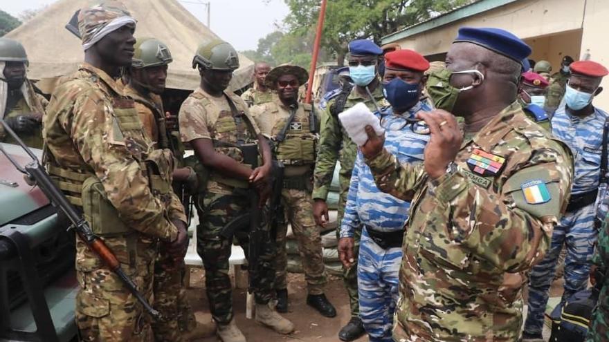 Mueren cinco militares del Ejército marfileño en un accidente de helicóptero