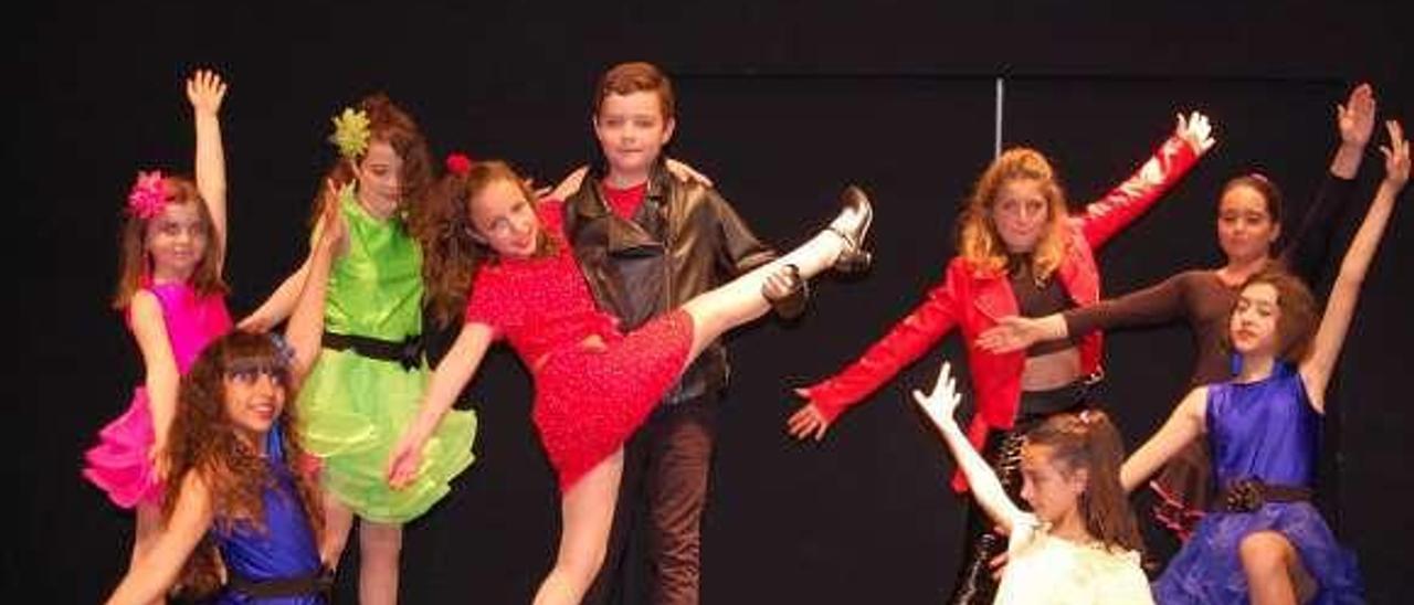 Algunos de los niños que participarán en el musical.