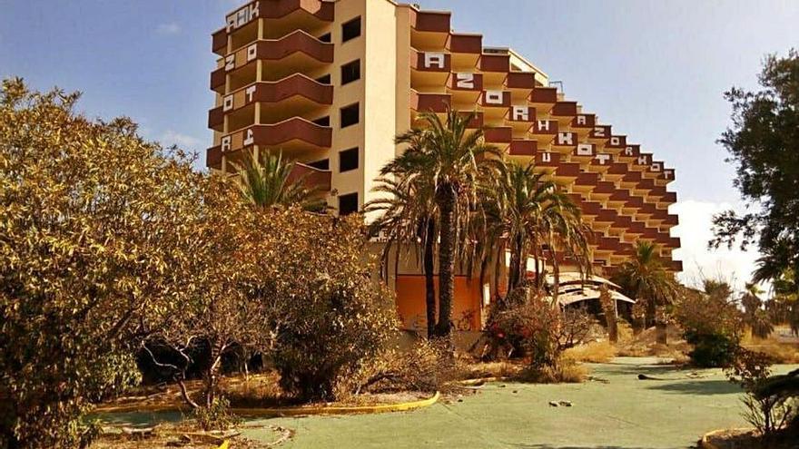 Más de cuarenta hoteles están en venta en la C. Valenciana