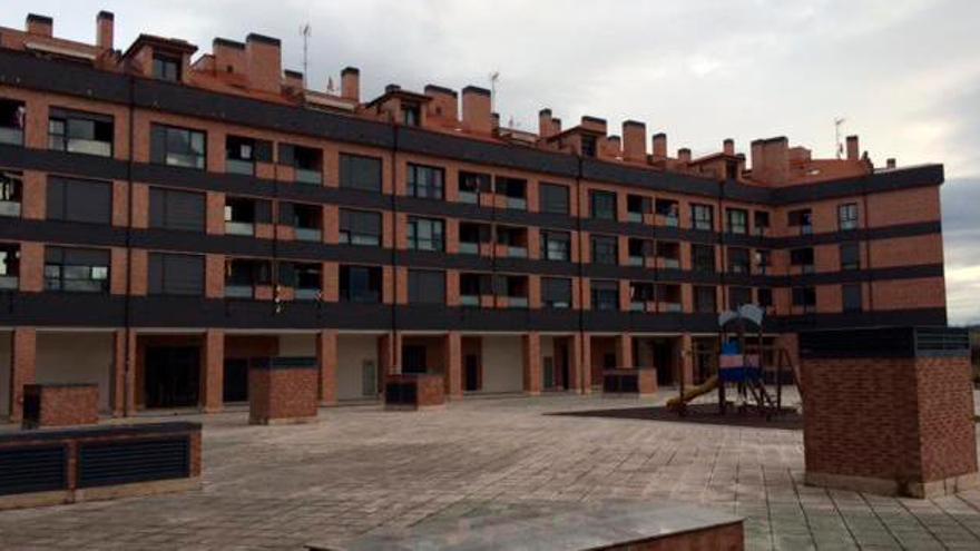 """La construcción ataca los planes inmobiliarios del """"""""banco malo"""" para Asturias"""